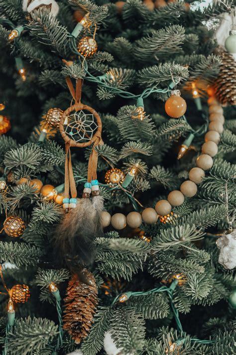 decorate  bohemian christmas tree advice