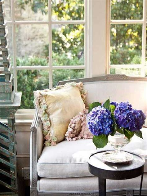 expert tips  home decorating  flowers keeping