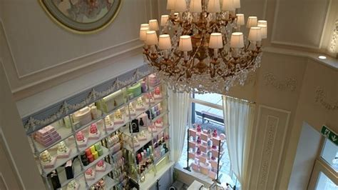 magasin cuisine luxembourg magasin picture of laduree luxembourg luxembourg city