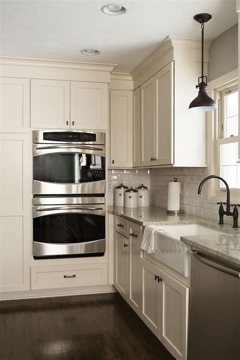 incredible  white kitchen cabinets  stainless