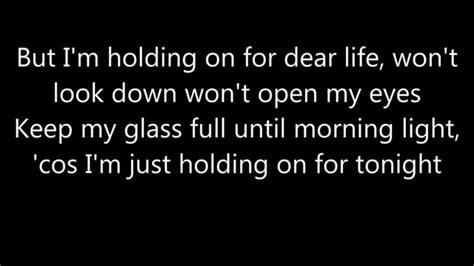 sia chandelier lyrics
