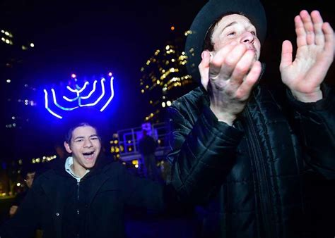 festival of lights new haven menorah lights up new haven green to mark first night of