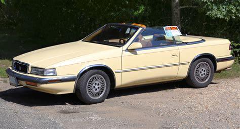 Tc By Maserati by File 1989 Chrysler Tc By Maserati Front Side Jpg