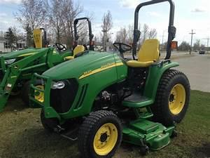 2010 John Deere 3520 Tractors