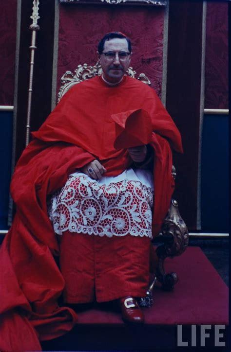 sight  cardinal siri
