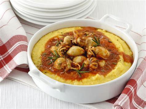 cucinare le seppie in umido ricetta polenta con seppioline in umido donna moderna