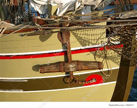 photo  traditional  wooden boat  metal anchor