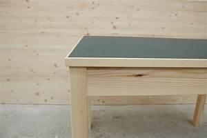 Linoleum Für Tischplatte : kleiner esstisch aus kiefer mit linoleum dein tischler in leipzig dein tischler in leipzig ~ Markanthonyermac.com Haus und Dekorationen