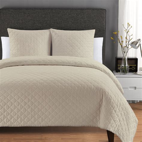 Quilted Coverlet by Quilted Washed Belgian Linen Coverlets Echelonhome