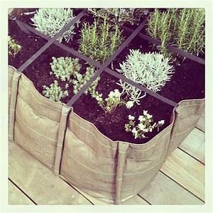 Geotextile Pour Carré Potager : un potager urbain en carr bacsac en toile g otextile parfait pour planter sur sa terrasse en ~ Melissatoandfro.com Idées de Décoration