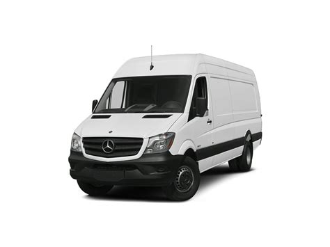 Offered in a variety of sizes with varying roof heights and payloads however, the sprinter is still more expensive than the nissan nv and chevy express. 2018 Mercedes-Benz Sprinter 3500XD MPG, Price, Reviews & Photos | NewCars.com