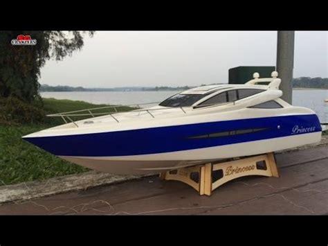 Rc Jet Boat Unboxing by Rc Yacht White Intermodellbau Dortmund Vidoemo