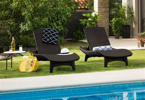 Keter Pool Lounge Chairs by Keter 2pc Rattan Outdoor Chaise Lounge Chairs Patio Table