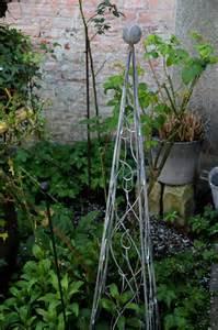 support plante grimpante fer forge