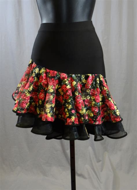 layer flower pattern latin skirt  built   pants
