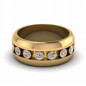 Bezel diamond mens wedding band in 18k yellow gold for Mens wedding rings yellow gold
