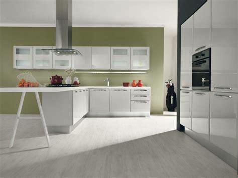 cuisine peinture verte couleur de cuisine en 50 idées modernes et inspirantes