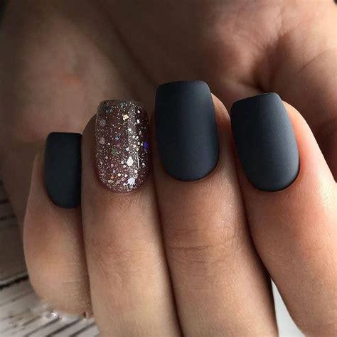 Способы сделать стильные матовые ногти гельлаком
