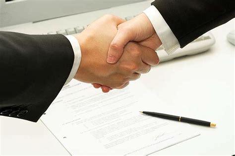 заключение контракта в горячие точки
