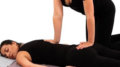 give  shiatsu  massage shiatsu massage youtube