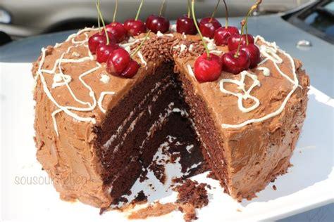 gateau d anniversaire au chocolat sousoukitchen