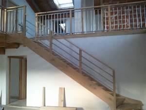 Escalier Droit Bois : escaliers et garde corps peio garat charpente ~ Premium-room.com Idées de Décoration