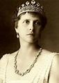 From Her Majesty's Jewel Vault: The Wedding Gift Bracelet
