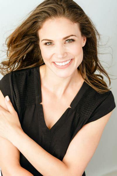 Kimberly J Giardino