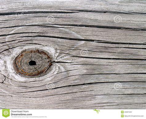 knothole dans la planche en bois de grange images libres de droits image 20091529