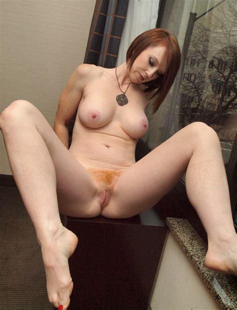 Redhead Milf Shesfreaky