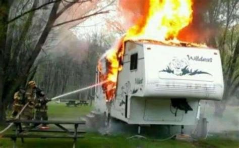 hilarious pictures  camping fails