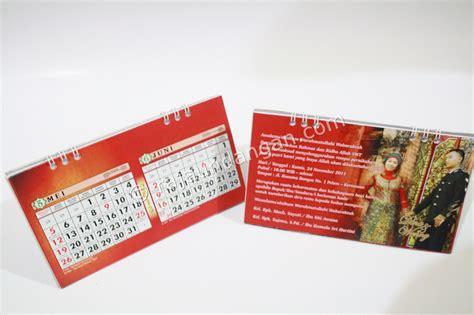 undangan pernikahan islami unik model kalender meja  notes