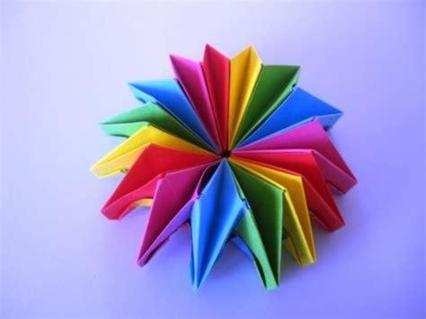 aus papierröllchen bewegliches spielzeug aus papier falten