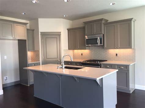 lighting for small kitchen pahlisch homes bailey ridge salem oregon cabinets 7043