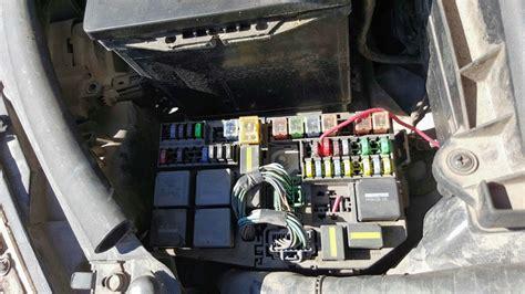 ford mondeo caja de fusibles   en
