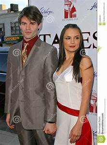 Daniel Gillies,Rachael Leigh Cook Editorial Photo - Image ...