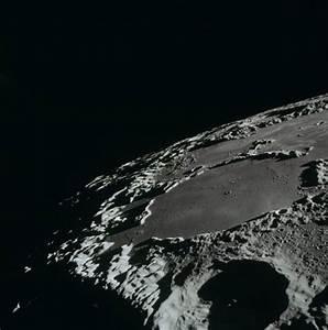 apollo-15-hasselblad-moon-05
