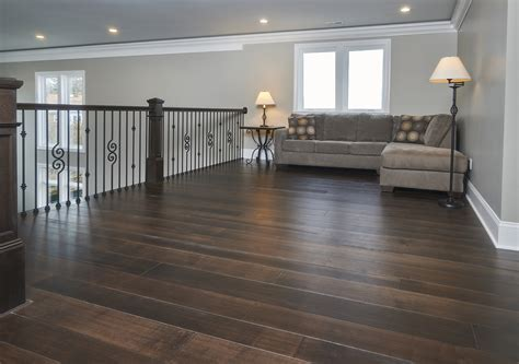 Northern Ohio Transitional Home   Peachey Hardwood Flooring