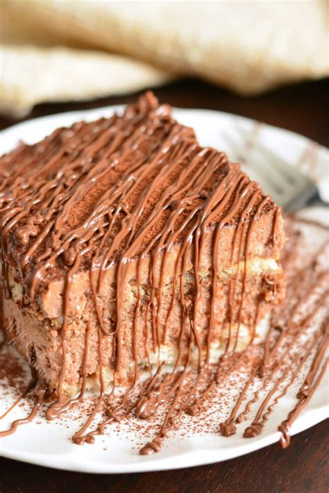Chocolate lovers will be excited by the range of chocolate cakes. Top 20 Desserts that Use A Lot Of Eggs - Best Recipes Ever