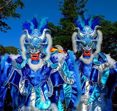 Diablos Azules | Carnaval Dominicano