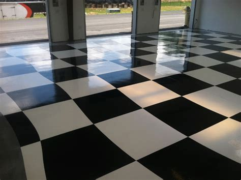 Checkered Flag Polyaspartic Garage Floor   Concrete Decor