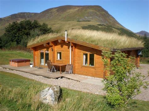 lodges in perthshire with tubs log cabins with tubs glenbeag mountain lodges