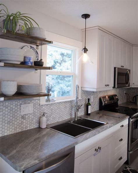 Beautiful kitchen reno using Soapstone Sequoia Formica
