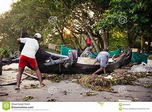 Indian Fishermen On The Sea Beach Editorial Photography ...