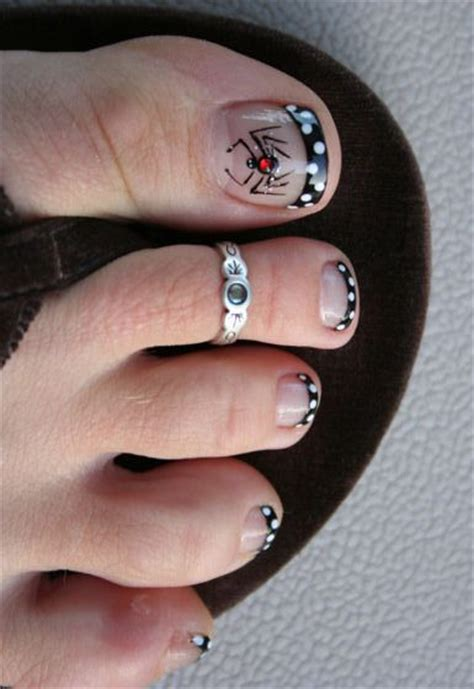 pedicure nail designs  halloween top  easy home