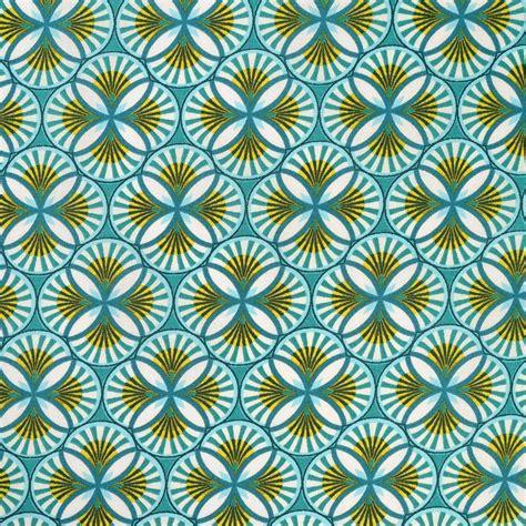 chaise e 60 tissu coton motifs géométriques wax bleu vert mondial tissus