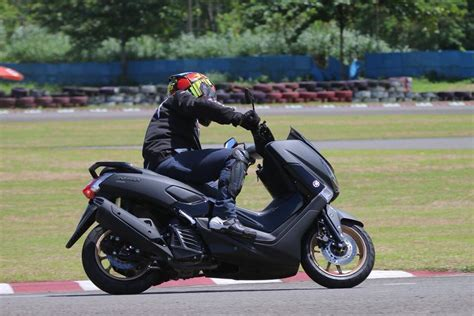 Nmax 2018 Test Ride test ride yamaha nmax 2018 3 187 bmspeed7