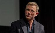 James Bond star Daniel Craig heartbroken after father dies ...