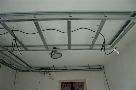 corniche pour cuisine photos de faux plafond avec lumière indirecte groupes
