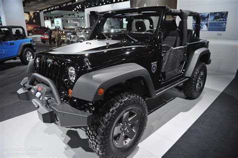 call of duty jeep 2016 2011 naias jeep wrangler call of duty black ops edition